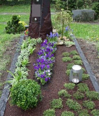Grabpflege Blumen